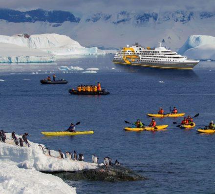 南极半岛 ANTARCTIC PENINSULA